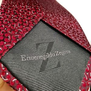 Ermenegildo Zegna Tie REGAL Red pattern Silk Italy